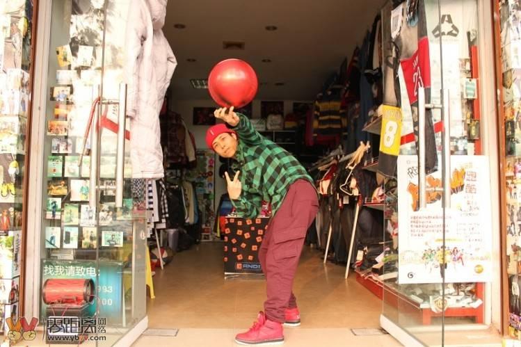 2011开服装店3.jpg